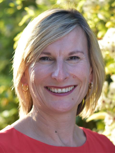 Lindsay Cobbett - Business Manager